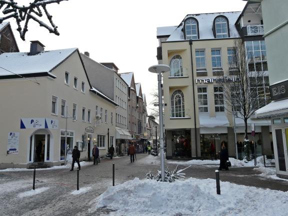 Menden; Bahnhofstr. / Hochstr. / Neumarkt