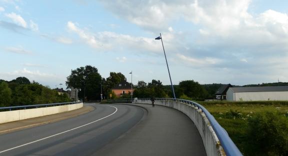 Fröndenberg/Menden: Ruhrbrücke Langschede/ Dahlhausen