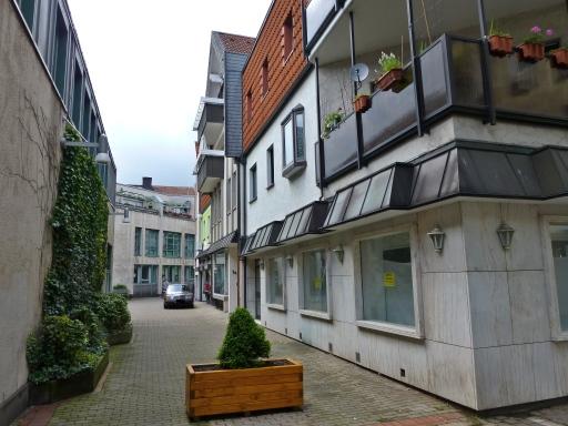 Menden; Durchgang Neumarkt - Neues Rathaus
