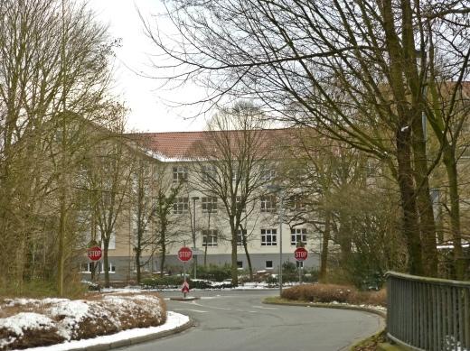 Menden, Südwall-Durchstich und Walram-Gymnasium
