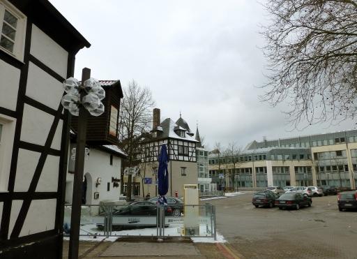 Menden, Südwall-Ausgang und Platz zwischen Mühle und Rathaus