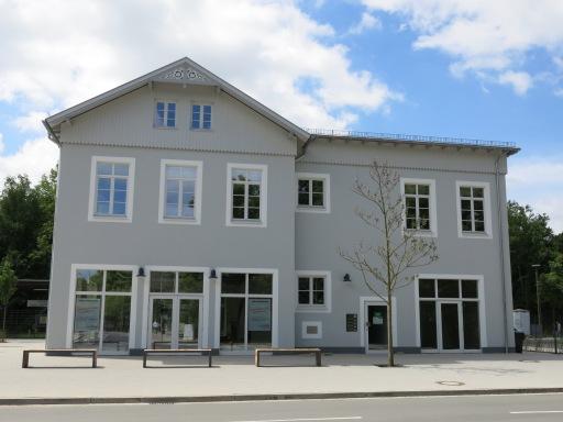 Menden, Neubau des Bahnhofsgebäudes