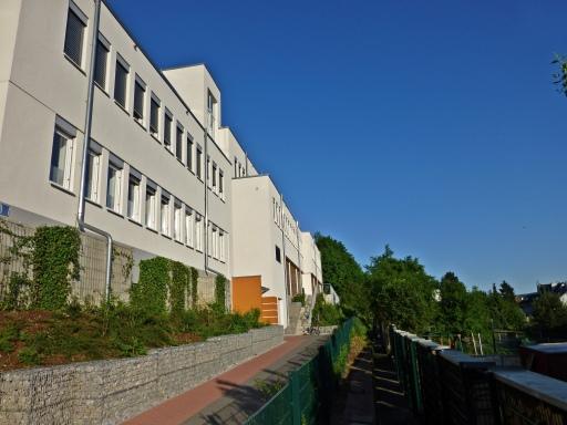 Menden, Ärztehaus von der Stadtseite (Ostwall)
