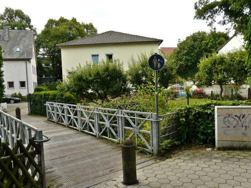 Menden, Fußgängerbrücke über Mühlengraben Südwall - Walramstr.