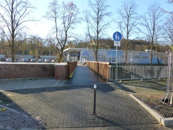 Menden, Hönneinsel-Brücke-Aldi-Blick 2013