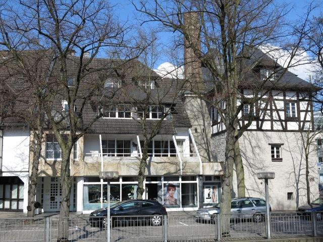 Bahnhofstr., Ex-Schloss(brennerei) und Rentschreiberturm
