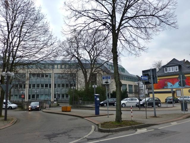 mittlerer Westwall, Einfahrt Rathaus
