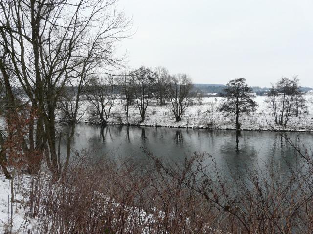 Ruhr vom oberen Ende der Ruhrinsel bei Menden-Schwitten
