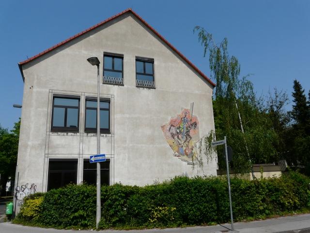 Hauptgebäude der Ex-Regenbogenschule