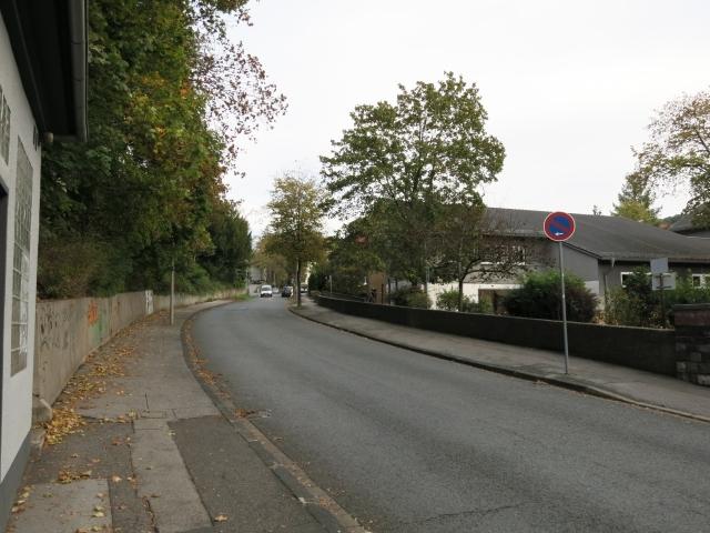 untere Werringser Str., neben Trafohaus und Schulhof Josefschule