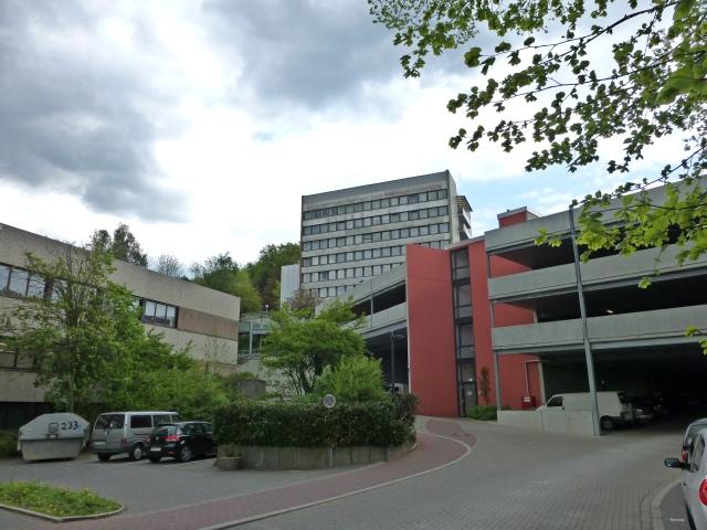 Einfahrt Krankenhausparkhaus