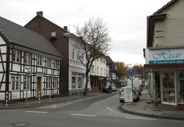 untere Kapellenstr. / Ecke Wilhelmstr.