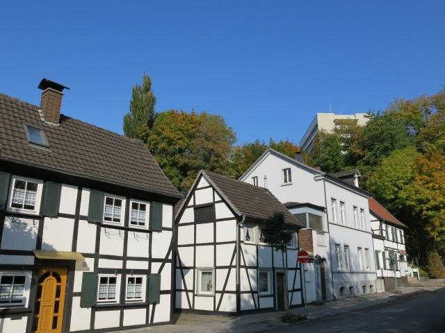 Fachwerkhäuser obere Kapellenstr., Richtung Krankenhaus