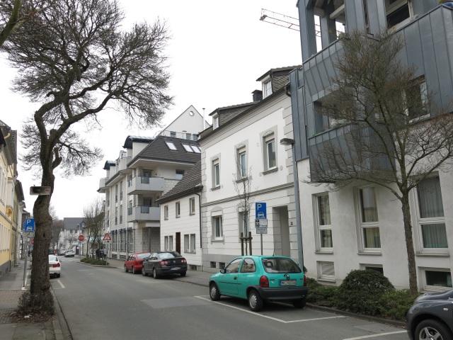 mittlere Kapellenstr., mit Kreuzung Wilhelmstr.