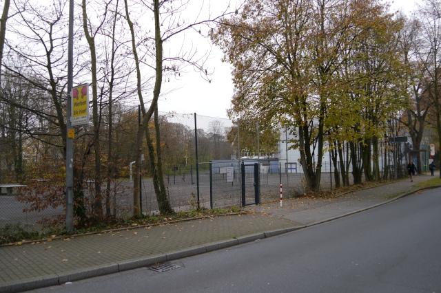 mitte-obere Walramstr., Walram-Bolzplatz