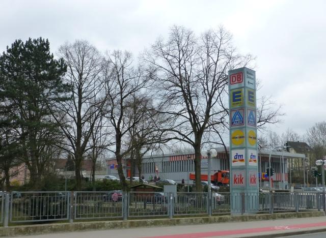 Blick von Bahnhofsbrücke auf Anfang Obere Promenade und Heimkerweg